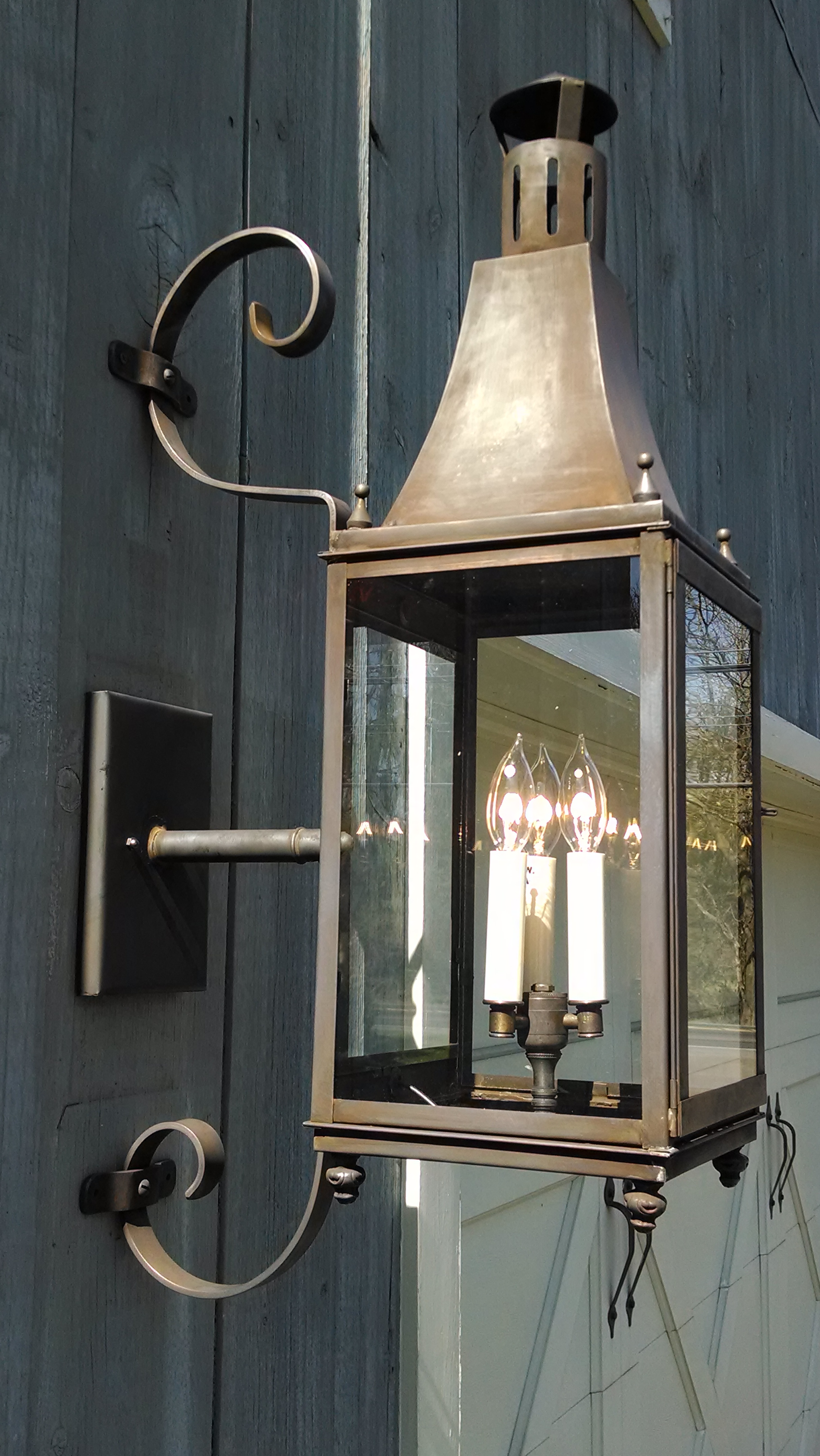 Charleston Lantern With Custom Scroll Bracket Model No